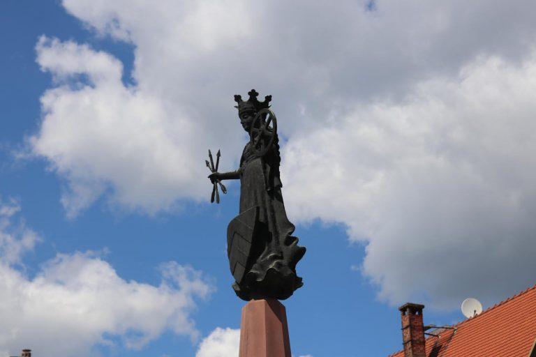 Auch die Heilige Ursula wandte sich der Märchenerzählerin Angela Behrs zu.