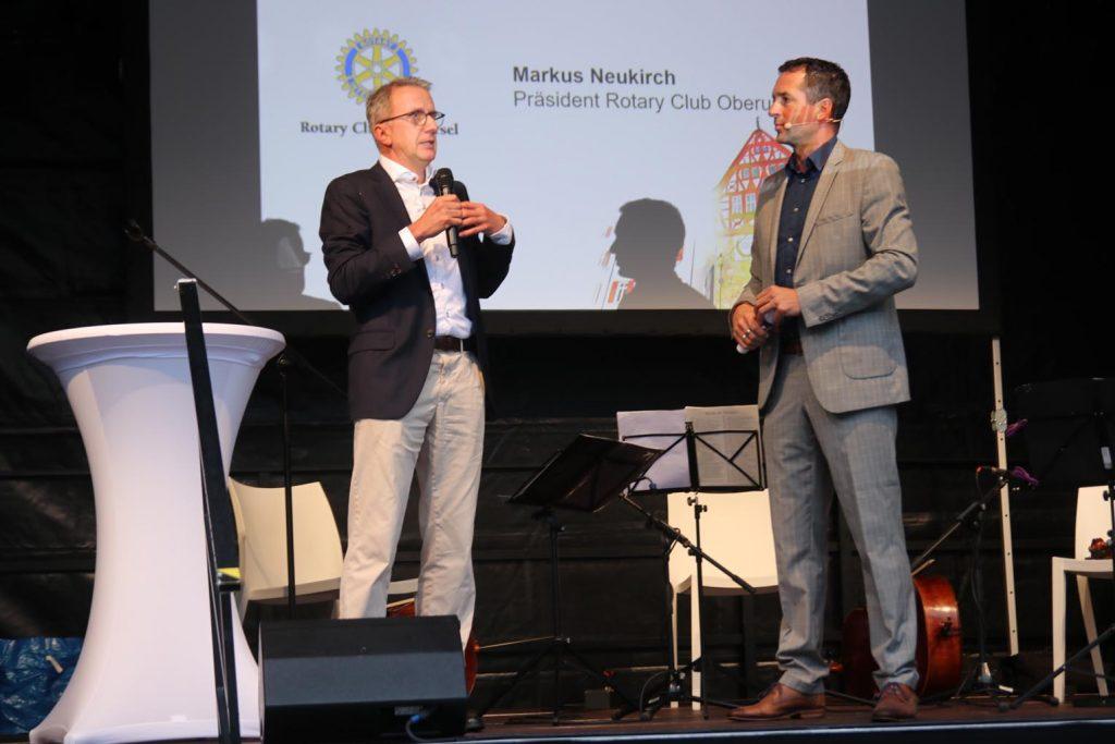 Markus Neukirch, Präsident des Rotary Club Oberursel, im Gespräch mit Markus Philipp.