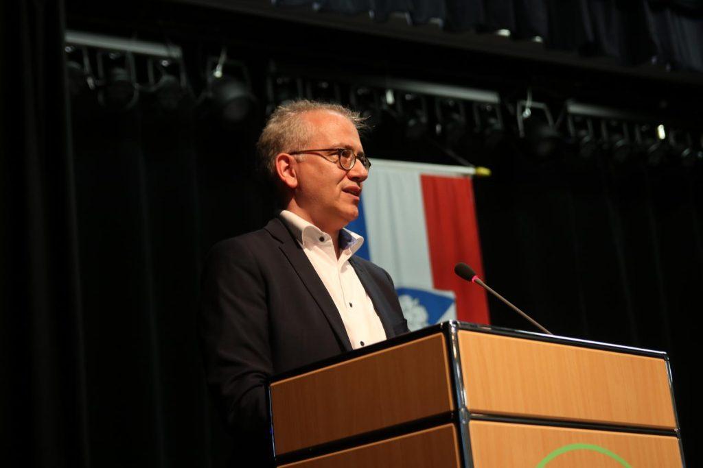 Staatsminister Tarek Al-Wazir.