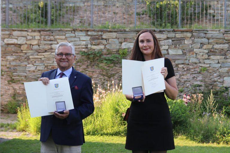 Sie sind und dürfen selbstverständlich stolz sein: Wolfgang Ettig und Kerstin Junk.
