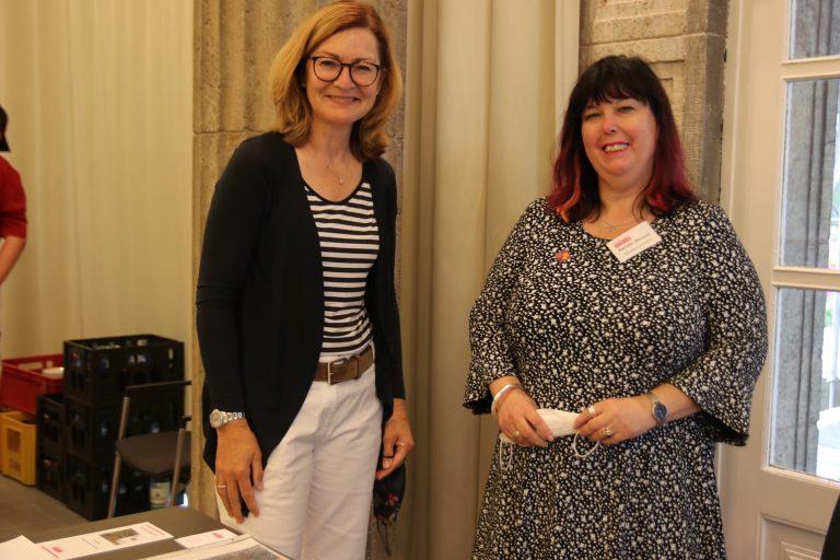 Marion Unger, Vorsitzende des Vereins für Geschichte und Heimatkunde Oberursel e.V., und Renate Messer, Leiterin des Vortaunusmuseums, haben schon ein interessantes Programm für Oberursel ausgetüftelt.