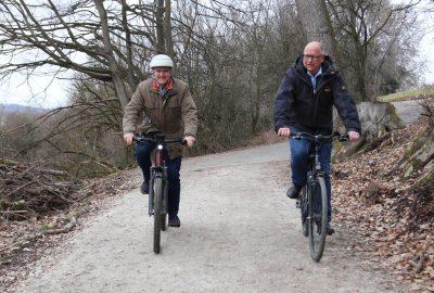 Leonard Helm und Albrecht Königer freuen sich über das Ergebnis ihrer gelungenen interkommunalen Zusammenarbeit.
